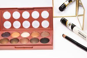 ersatz makeup